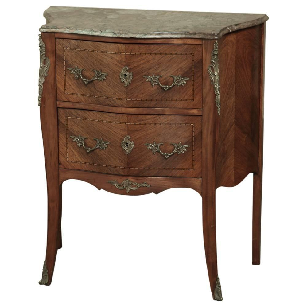 rococo french petite louis xv bombe commode at 1stdibs. Black Bedroom Furniture Sets. Home Design Ideas