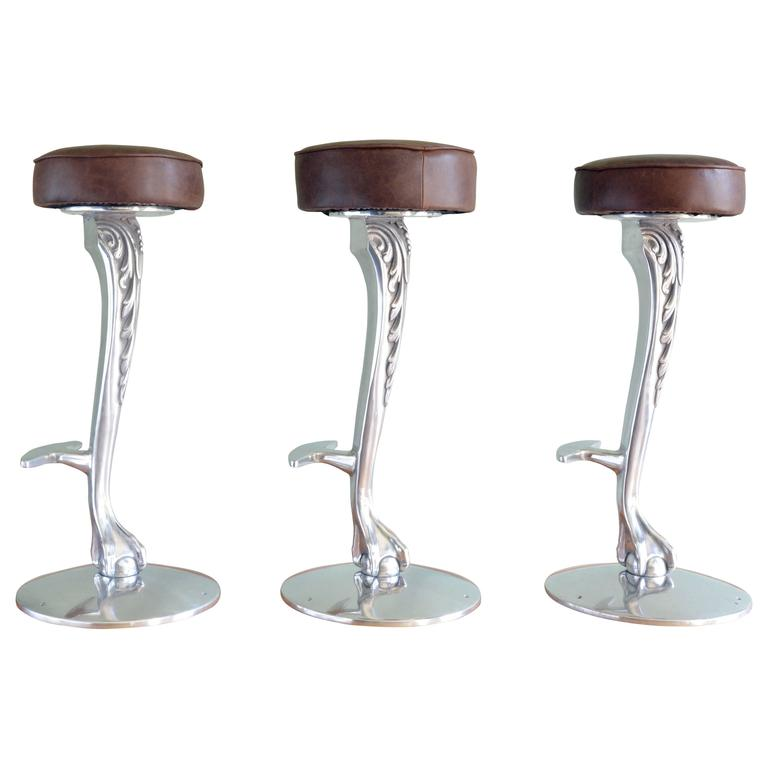 Late 19th Century Piano Stool With Claw And Ball Glass