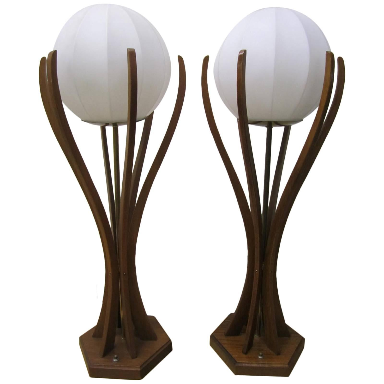 Excellent Pair of Danish Modern Sculptural Walnut Lamps Mid-Century Modern