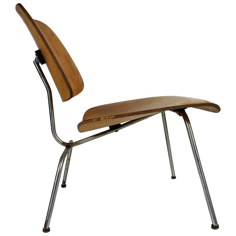 Early Charles and Ray Eames LCM or Lounge Chair Metal