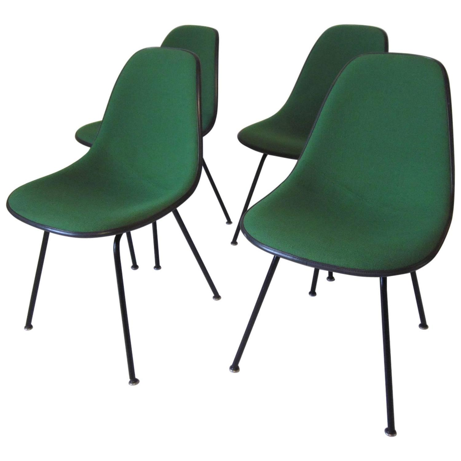Eames Upholstered Dining Chairs at 1stdibs : 3827212z from www.1stdibs.com size 1500 x 1500 jpeg 87kB