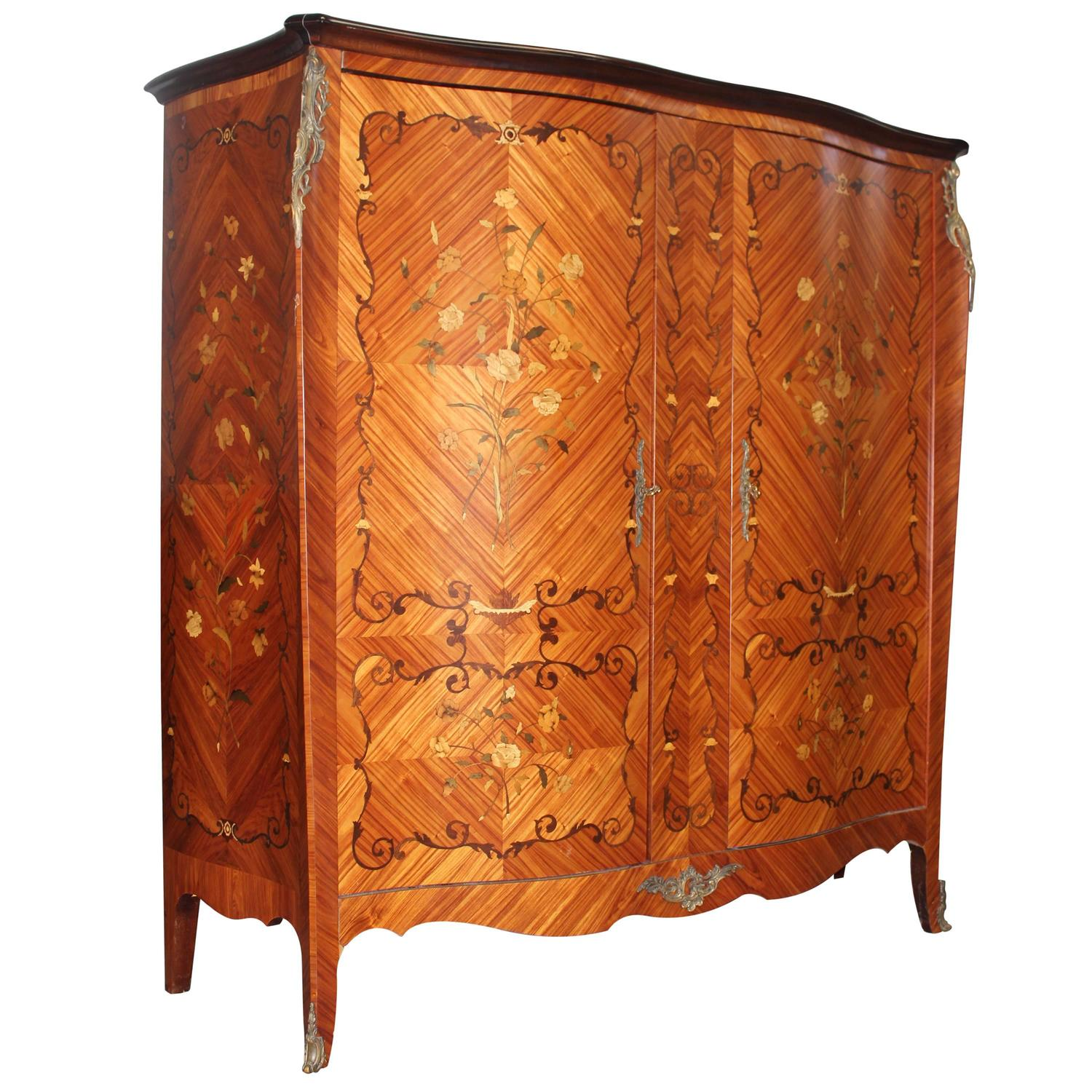 french art deco palisander grand armoire circa 1940s for sale at 1stdibs. Black Bedroom Furniture Sets. Home Design Ideas