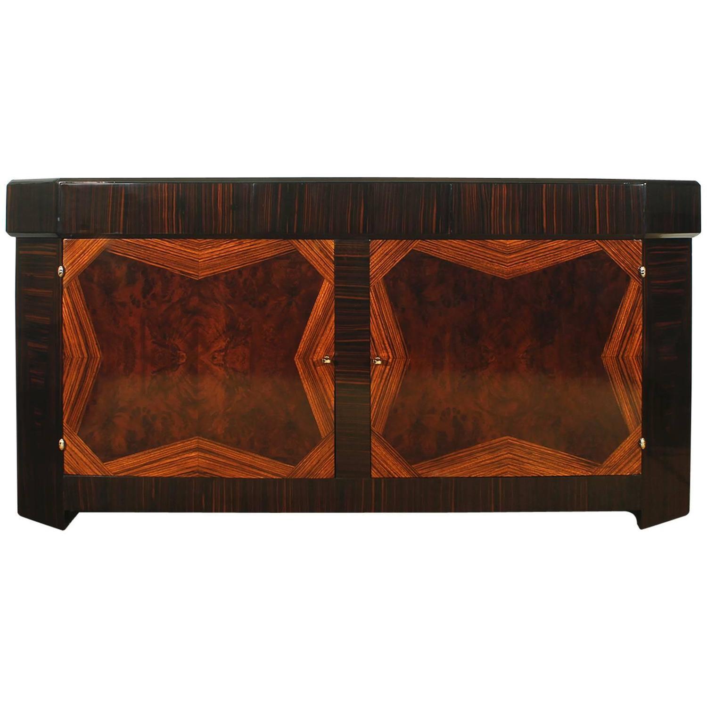 deko sideboard die neuesten innenarchitekturideen. Black Bedroom Furniture Sets. Home Design Ideas