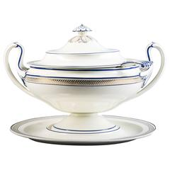 English Creamware Covered Soup Tureen and Stand, Wedgwood, circa 1790