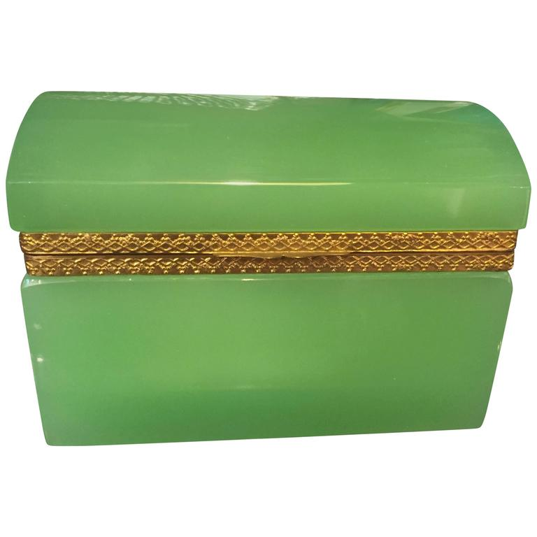 French 19th Century Green Opaline Box For Sale