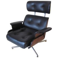 George Mulhauser Ply Craft Lounge Chair with Bulit In Footrest