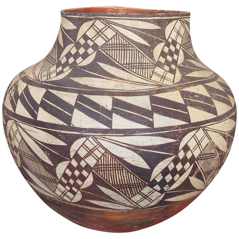 Antique Native American Pottery Olla Acoma 19th Century