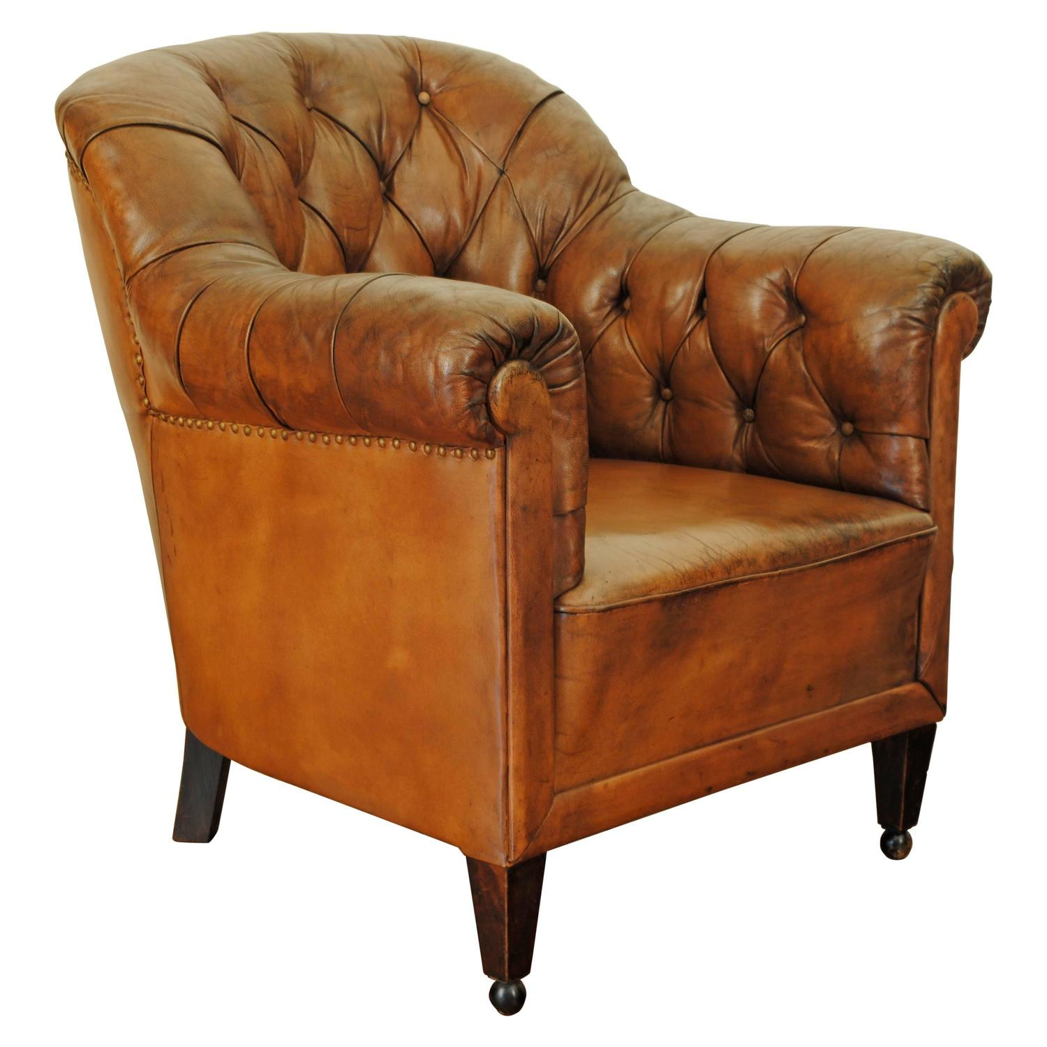 German mid 20th century tufted leather bergere walnut and for Mid 20th century furniture