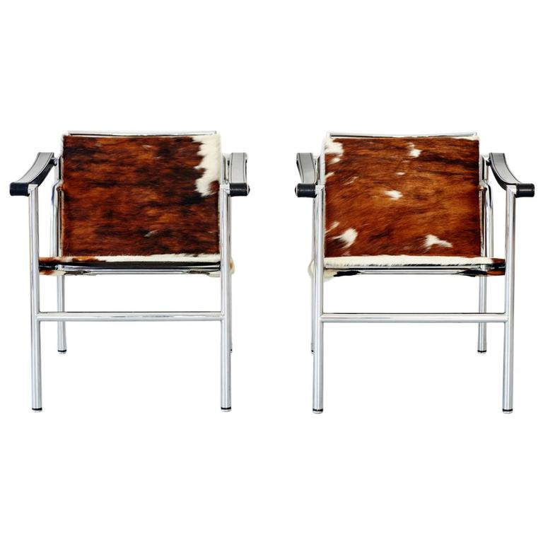 Pair Of Le Corbusier Natural Hide Sling Chairs For Cassina