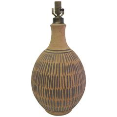 Earthy Wishon-Harrell Ceramic Table Lamp