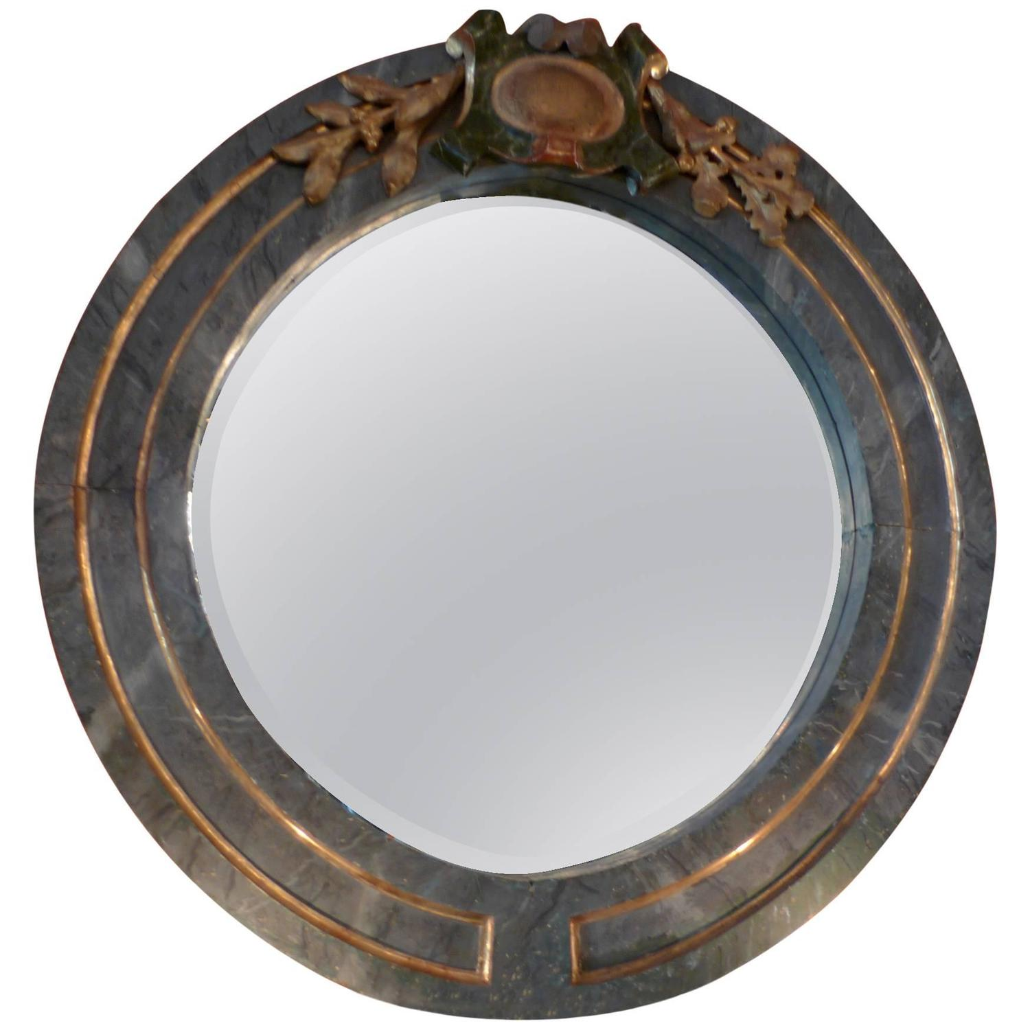 Italian 19th Century Green And Gold Round Wood Frame