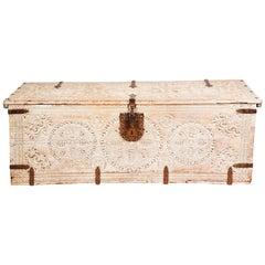 Blanket Trunk, Chest, Large Antique White Moroccan