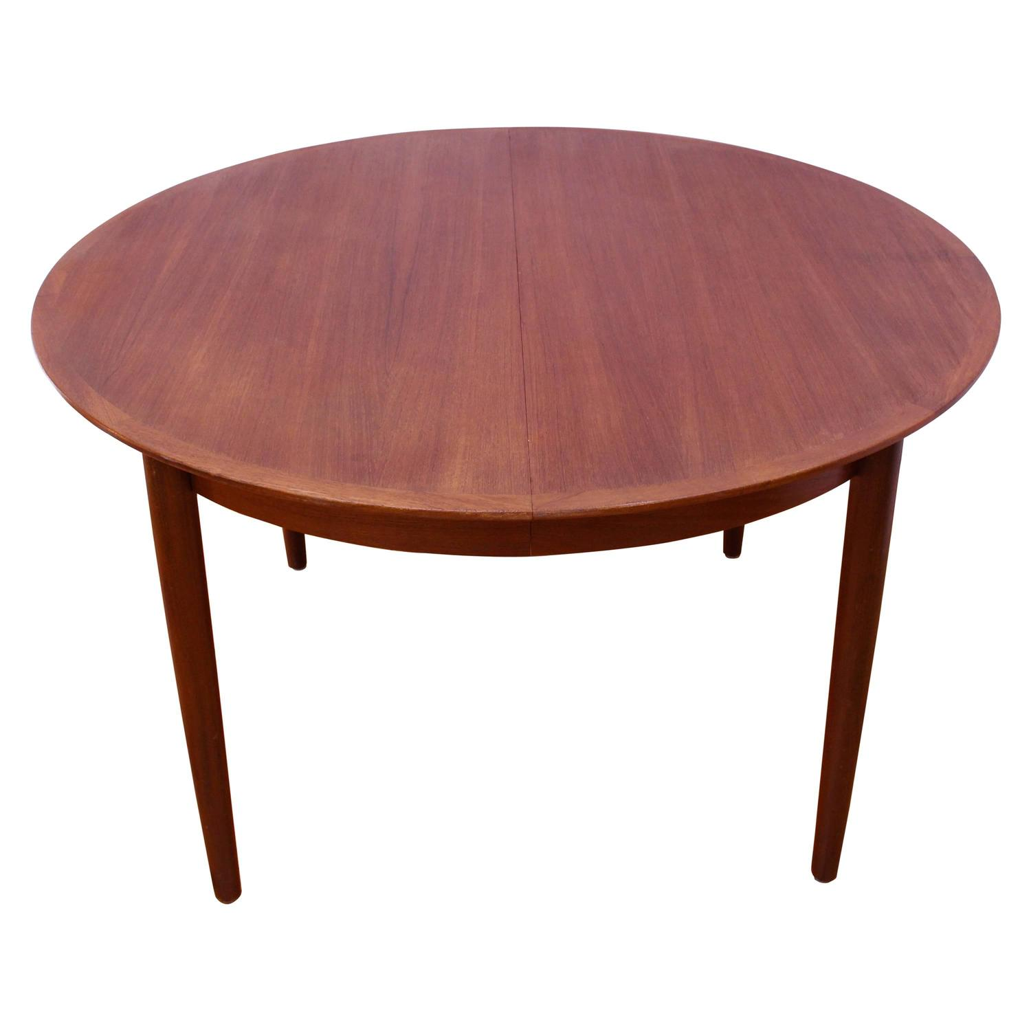 Danish Mid Century Modern Teak Dining Table At 1stdibs