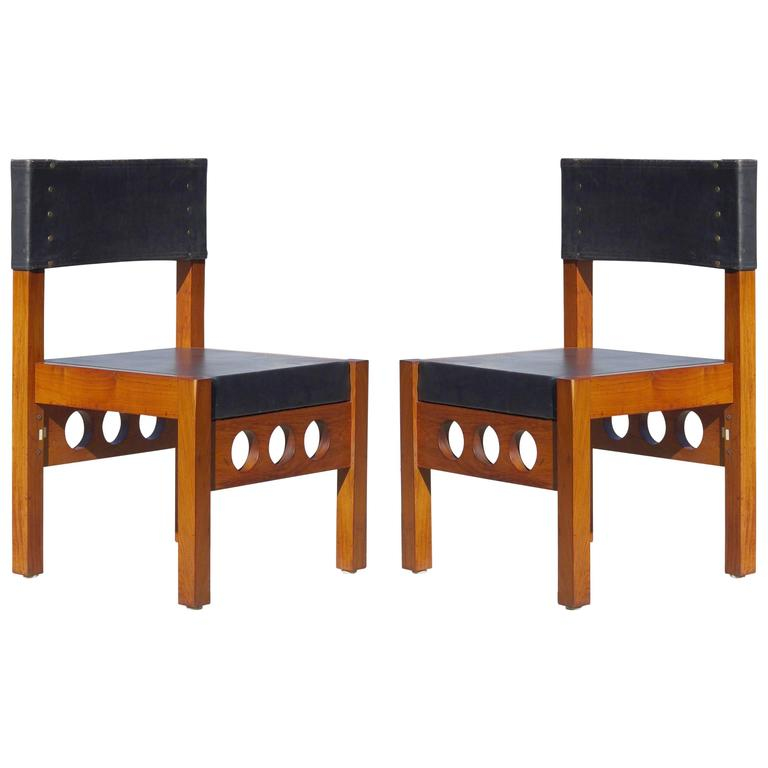 Pair of Brazilian Rosewood and Leather Chairs, Attributed to Sergio Rodrigues For Sale