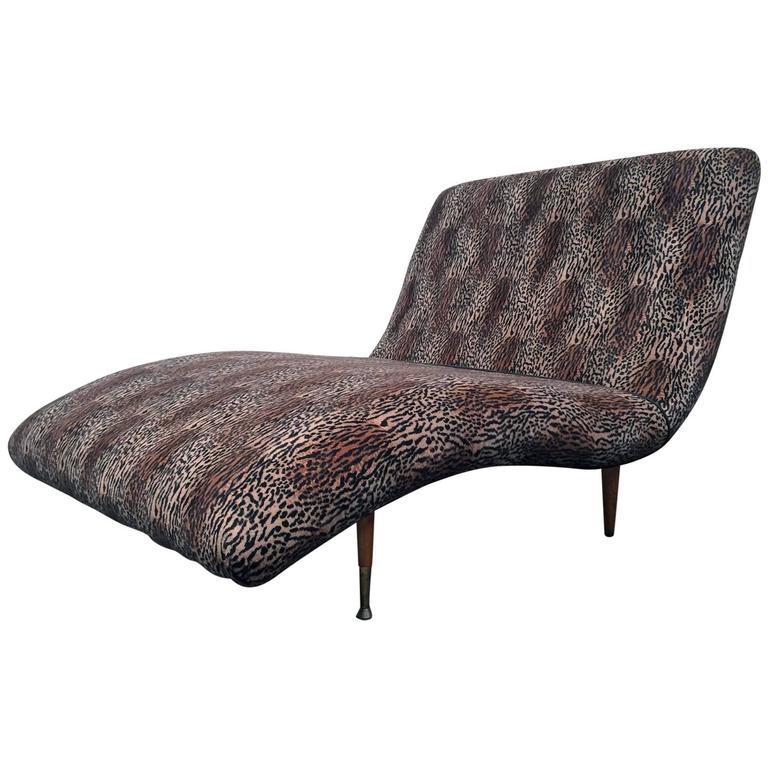 Modern wave chaise longue for sale at 1stdibs for Chaise longue moderne