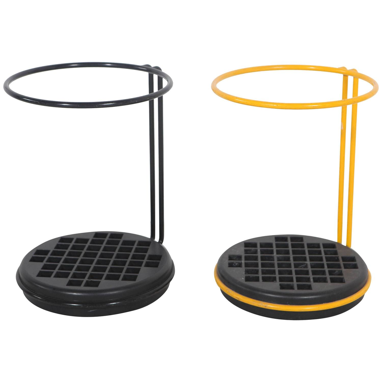 Yellow Umbrella Stand: Italian Black And Yellow Round Metal Umbrella Stands At