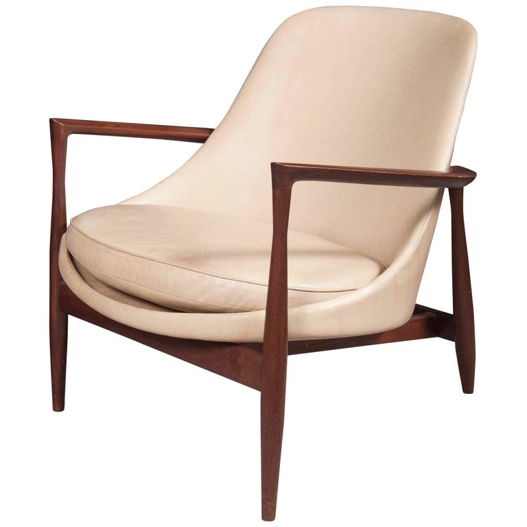 "Ib Kofod-Larsen ""Elizabeth"" Lounge Chair in Leather"