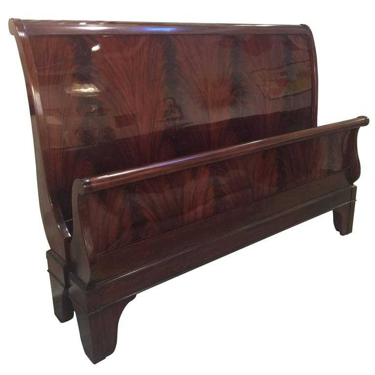 King Size Flame Mahogany Sleigh Bed at 1stdibs