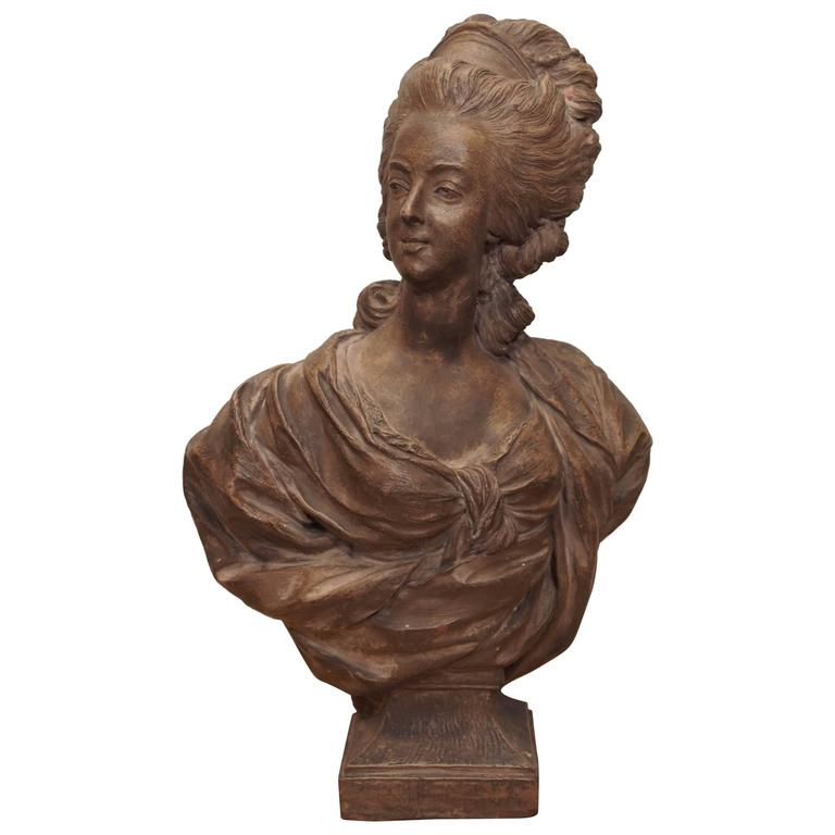 Bust of French Noble Woman