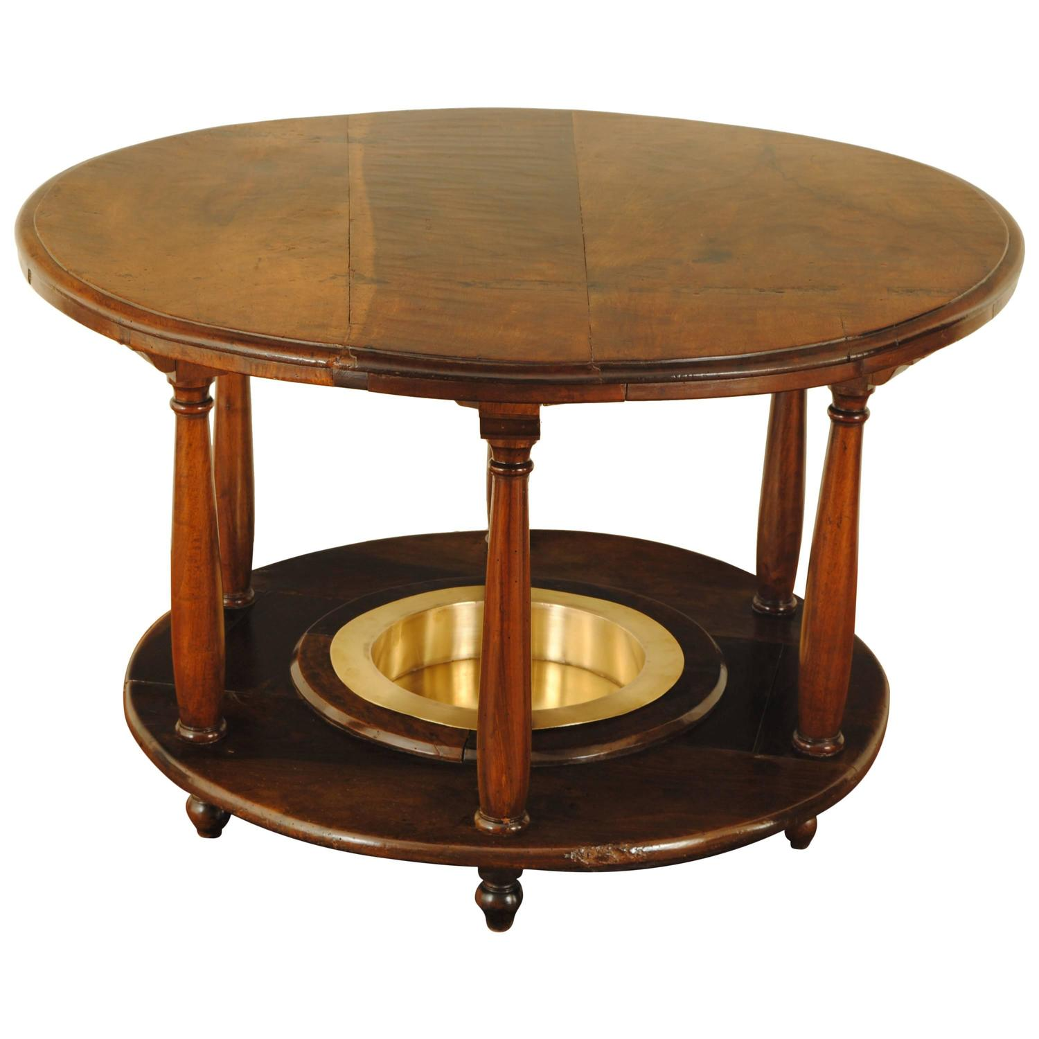 Spanish neoclassical walnut and brass brazier table 19th for Table in spanish