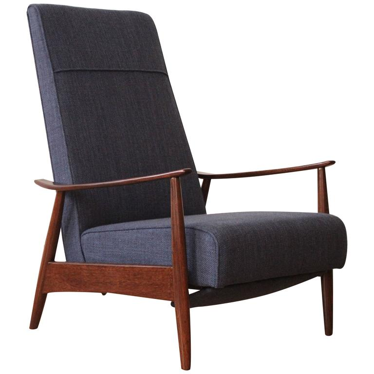 Milo Baughman Recliner For Thayer Coggins At 1stdibs