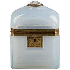 French Opaline Box Surmounted by Chinoiserie Sulphide of a Buddha, circa 1850