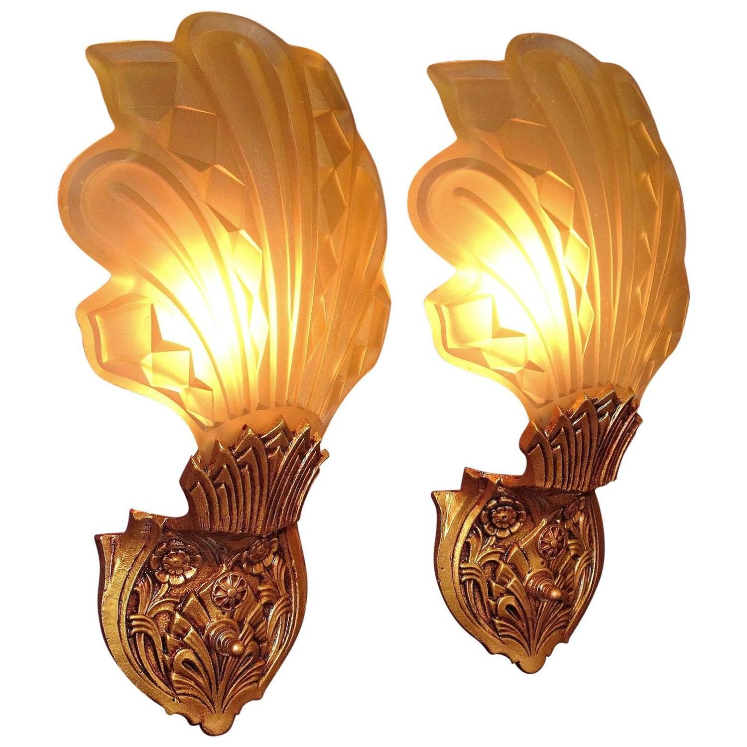 Pair Of Art Deco Bent Stained Glass Theatre Wall Sconces Fl Design 1920s For At 1stdibs