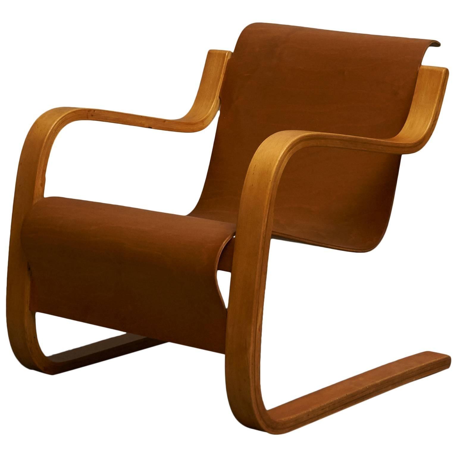 Alvar Aalto Cantilever Chair, Model 31