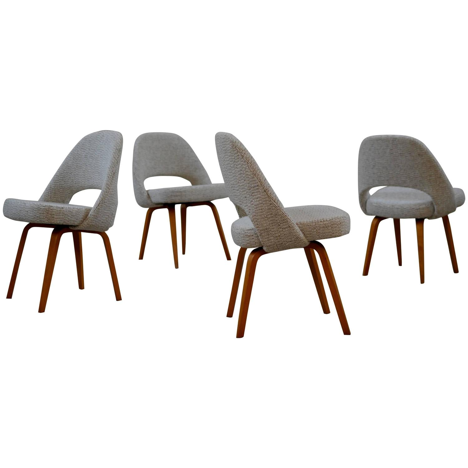 early saarinen executive chairs with wooden legs at stdibs -