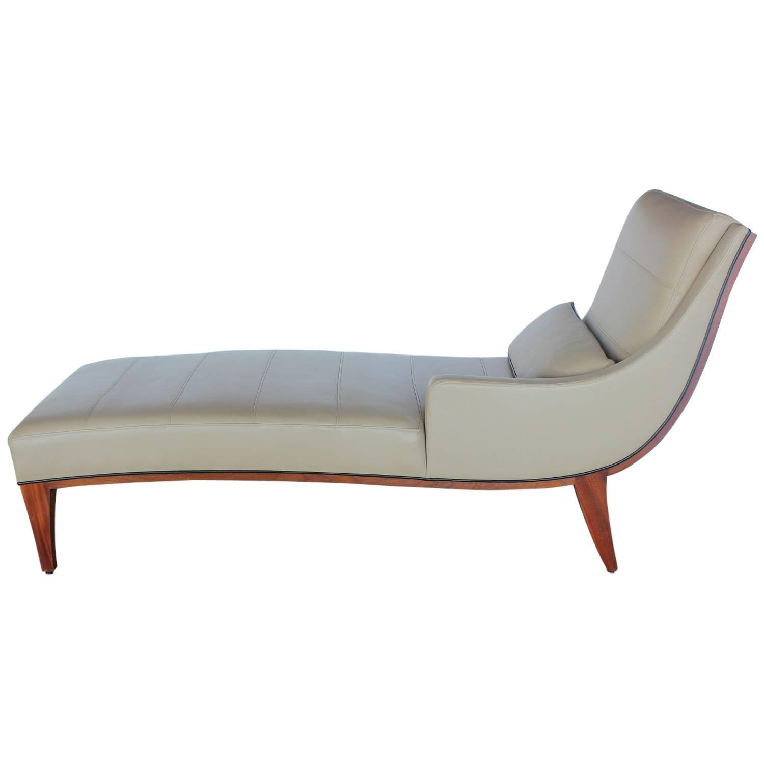 Chaiselongue modern  Modern Leather Chaise Lounge by Widdicomb at 1stdibs