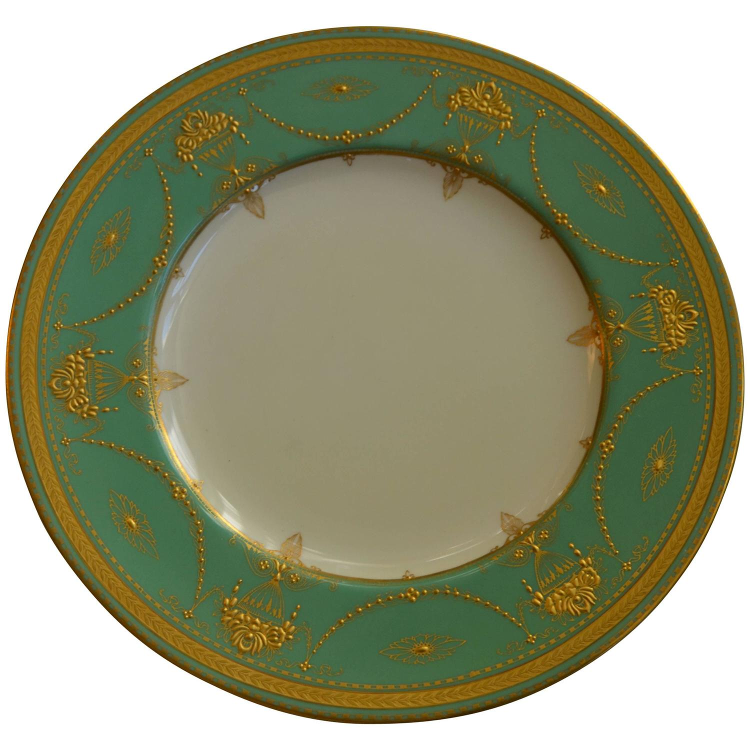 Wonderful Royal Worcester Windsor Green and Gold Elegant Dinner Service for 12 For Sale at 1stdibs  sc 1 st  1stDibs : blue and green dinnerware - Pezcame.Com