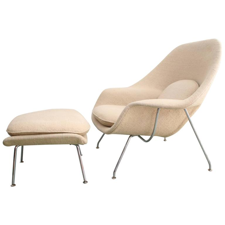 1979 Womb Chair & Ottoman by Eero Saarinen for Knoll Original Fabric