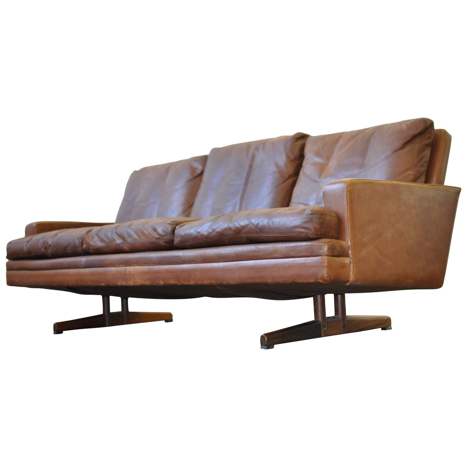 Fredrik Kayser Leather and Rosewood Sofa For Sale at 1stdibs