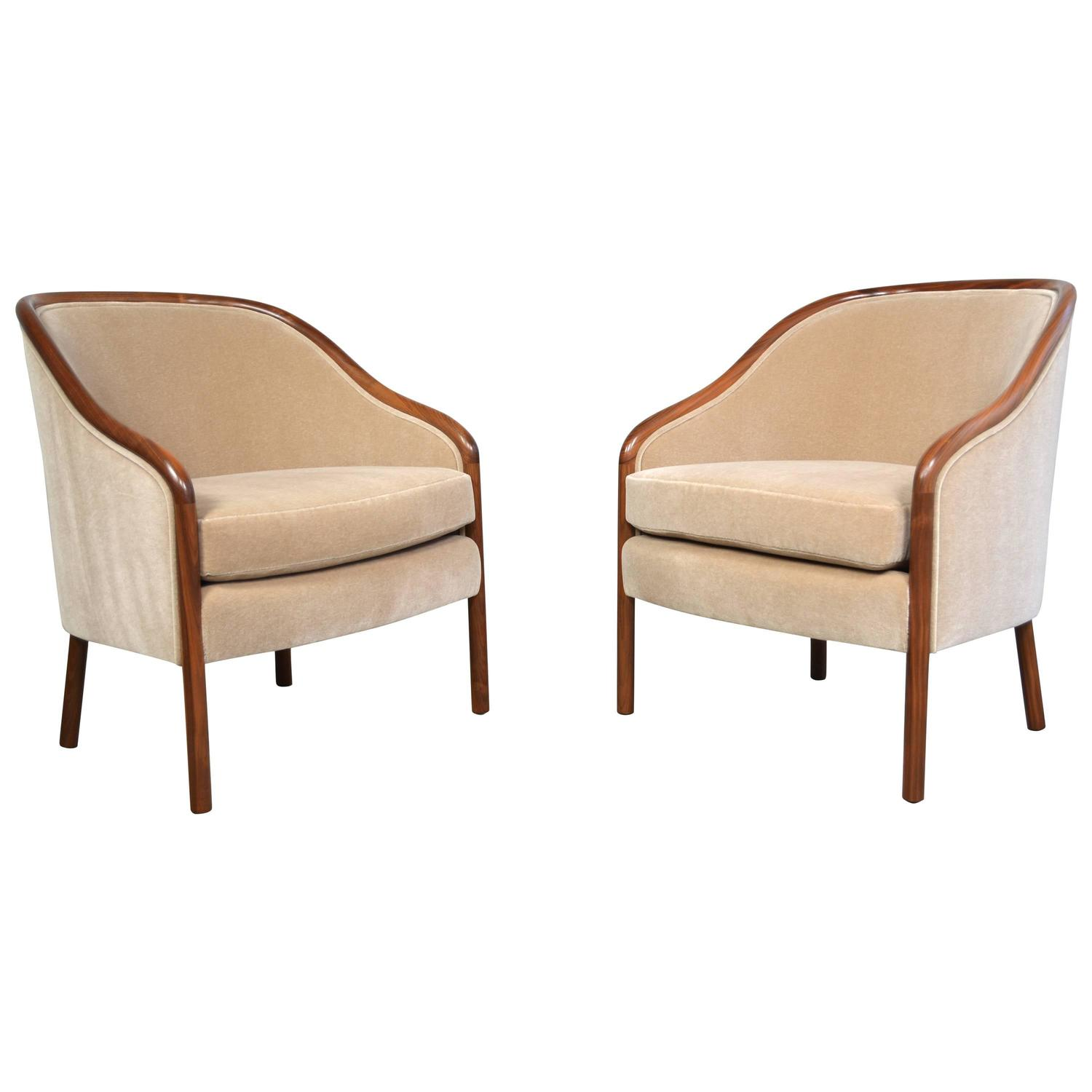 Ward Bennett Lounge Chairs at 1stdibs