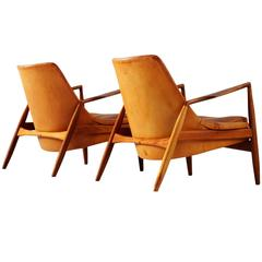 Ib Kofod-Larsen Pair of 'Seal' Lounge Chairs in Cognac Leather, Sweden, 1956