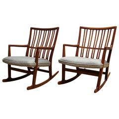 Pair of 1940s Hans Wegner ML-33 Rocking Chairs for Mikael Laursen