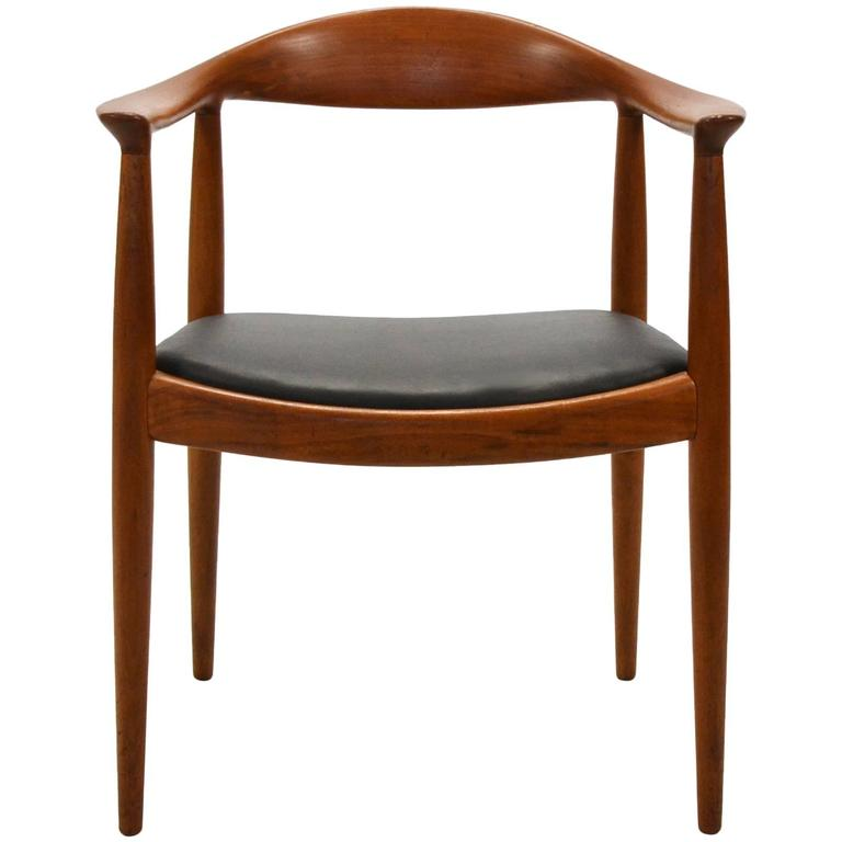Hans Wegner Round Chair/The Chair by Johannes Hansen