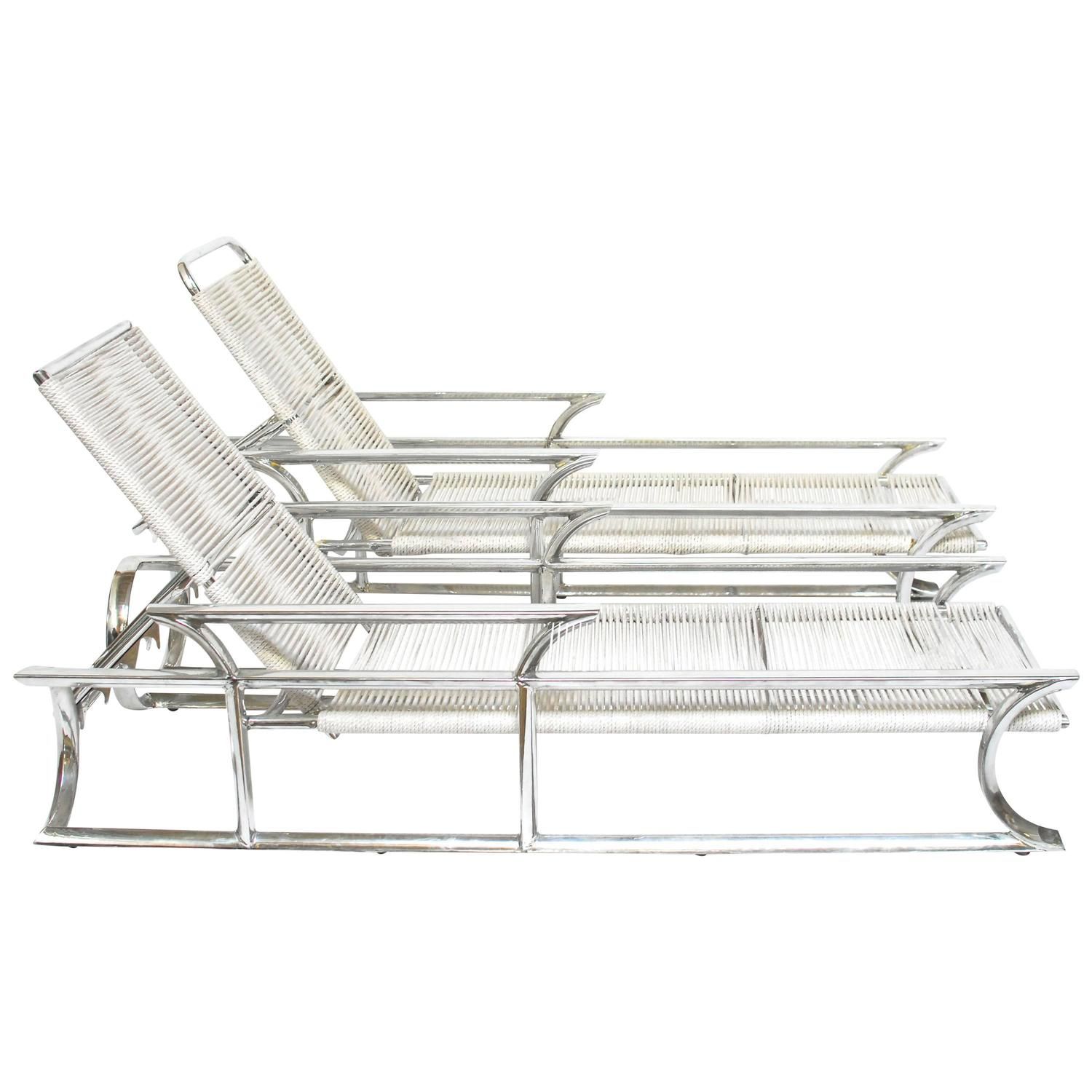 Pair of art deco tropitone aluminum and rope lounge chairs for Chaise longue aluminium et textilene