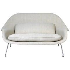 Womb Sofa by Eero Saarinen for Knoll