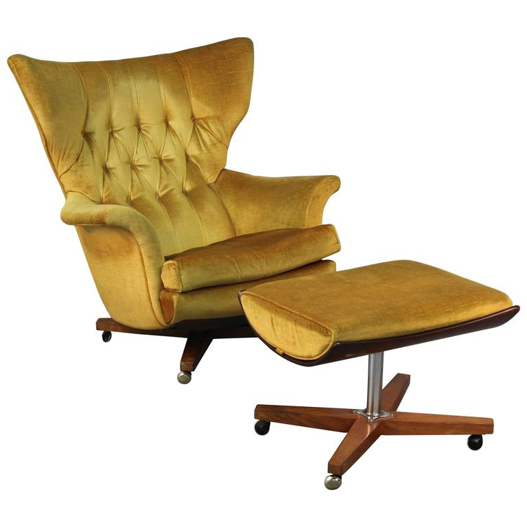 Pair of g plan blofeld lounge chairs with matching for Matching lounge furniture