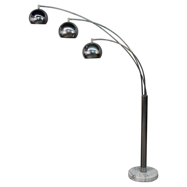 Chrome Three Headed Arc Lamp On Marble Base For Sale