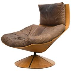 Solid Paneled Wood Gerard Van Den Berg Swivel Lounge Chair with Leather Cushion