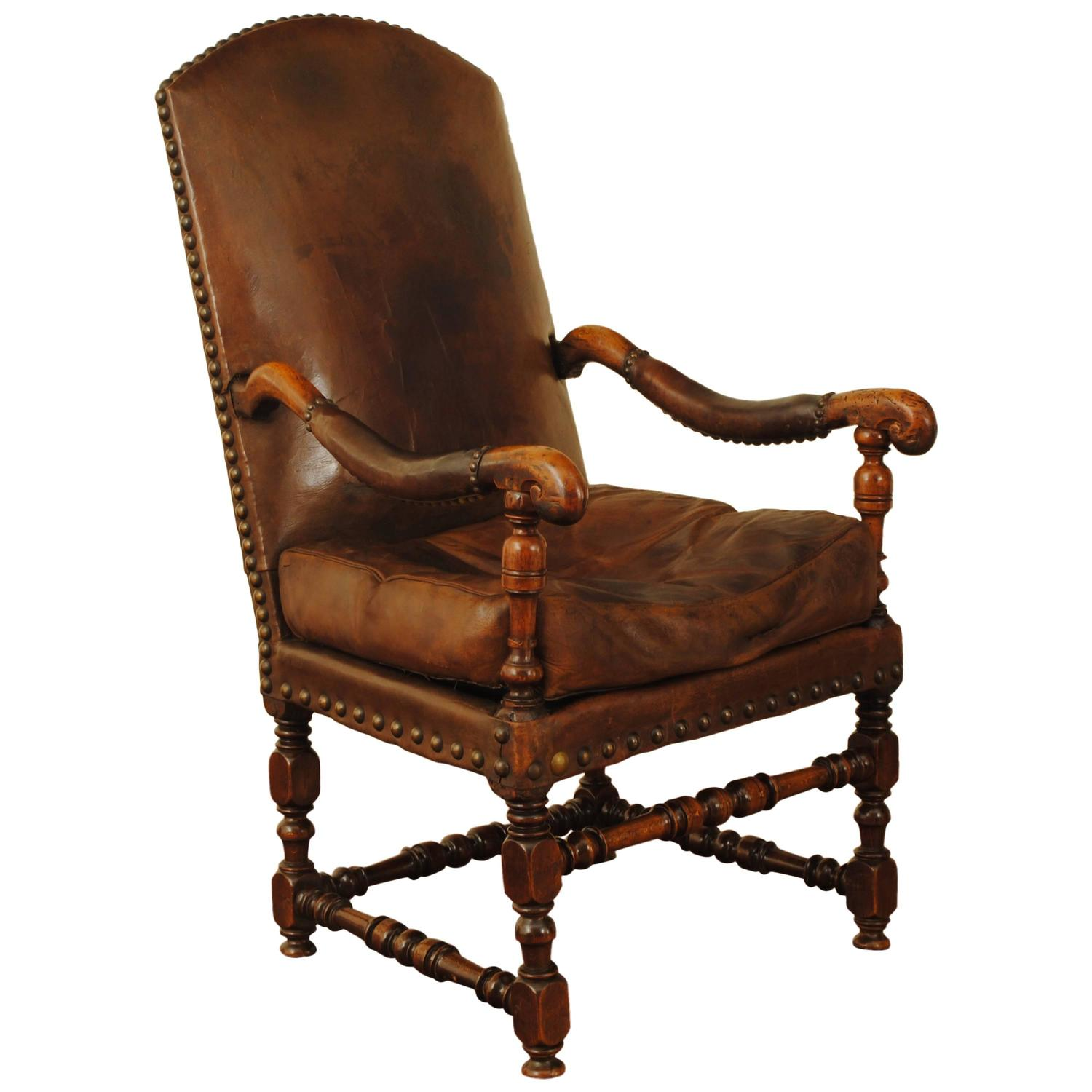 french louis xiii period walnut and leather upholstered fauteuil at 1stdibs. Black Bedroom Furniture Sets. Home Design Ideas