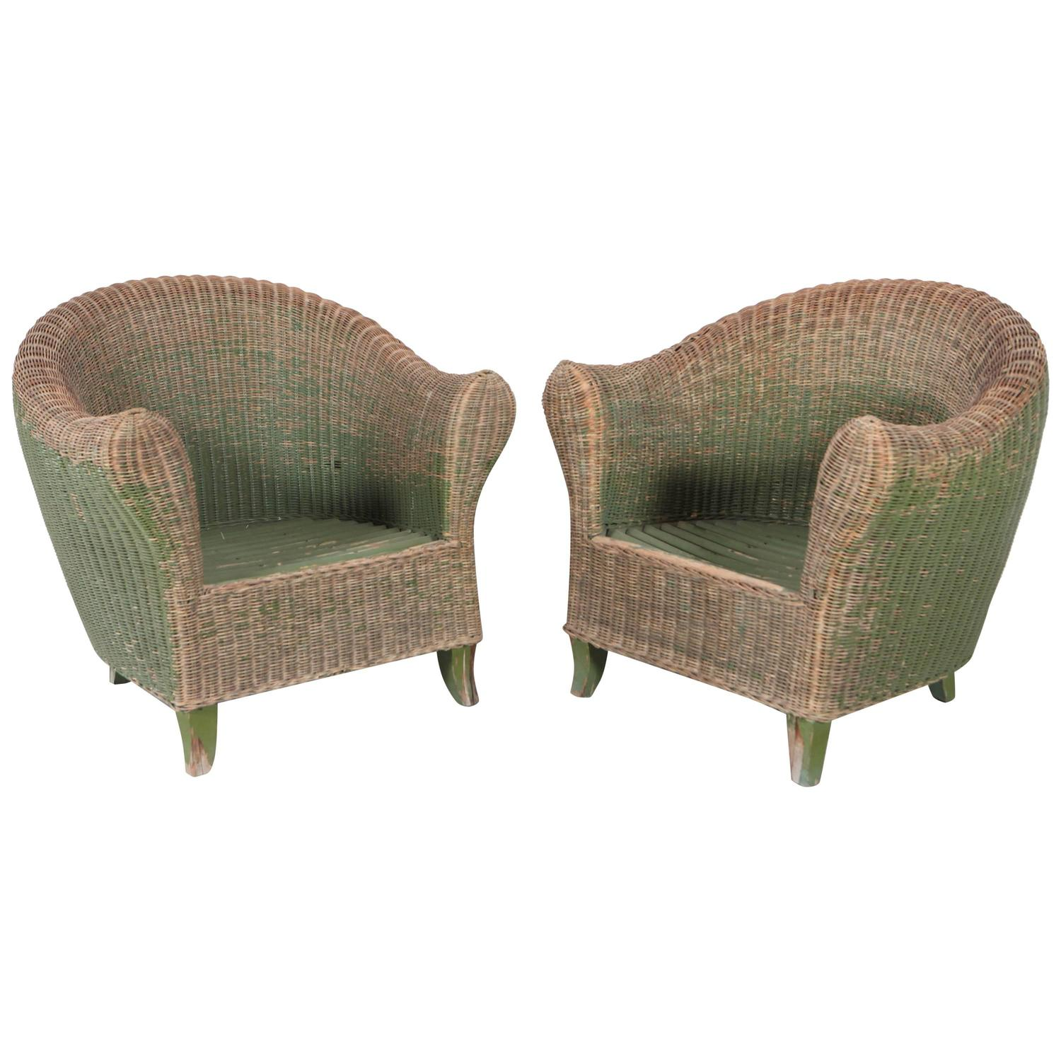Pair of italian wicker green outdoor garden chairs at 1stdibs for Outdoor furniture italy
