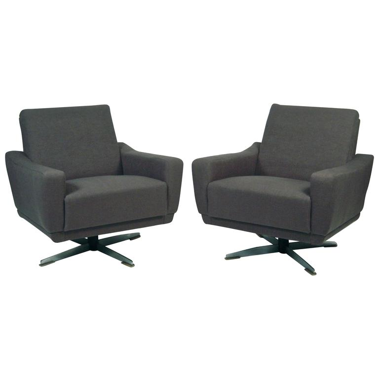 Awesome Pair Of Unusual And Versatile German Mid Century Modern Swivel Chairs For  Sale