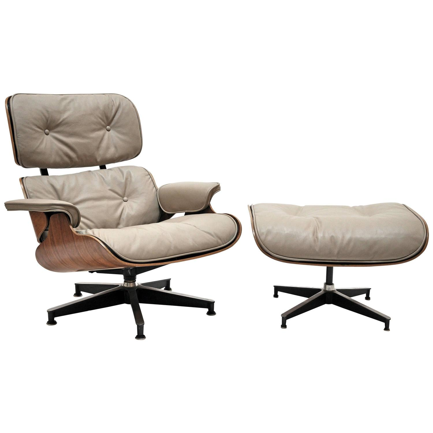 eames lounge chair and ottoman herman miller at 1stdibs. Black Bedroom Furniture Sets. Home Design Ideas