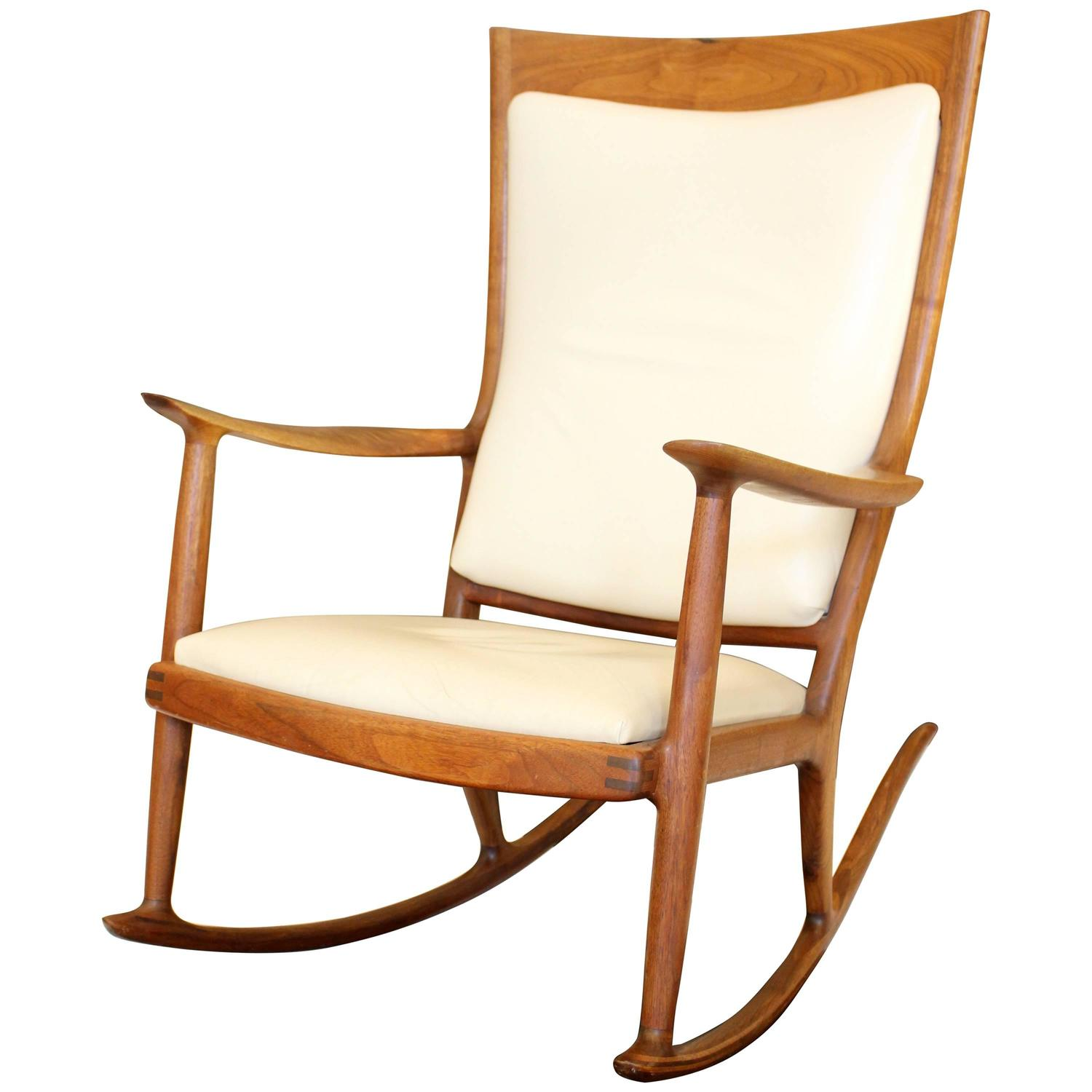 a beautiful sam maloof rocking chair for sale at 1stdibs. Black Bedroom Furniture Sets. Home Design Ideas