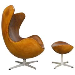 Arne Jacobsen Egg Chair and Ottoman