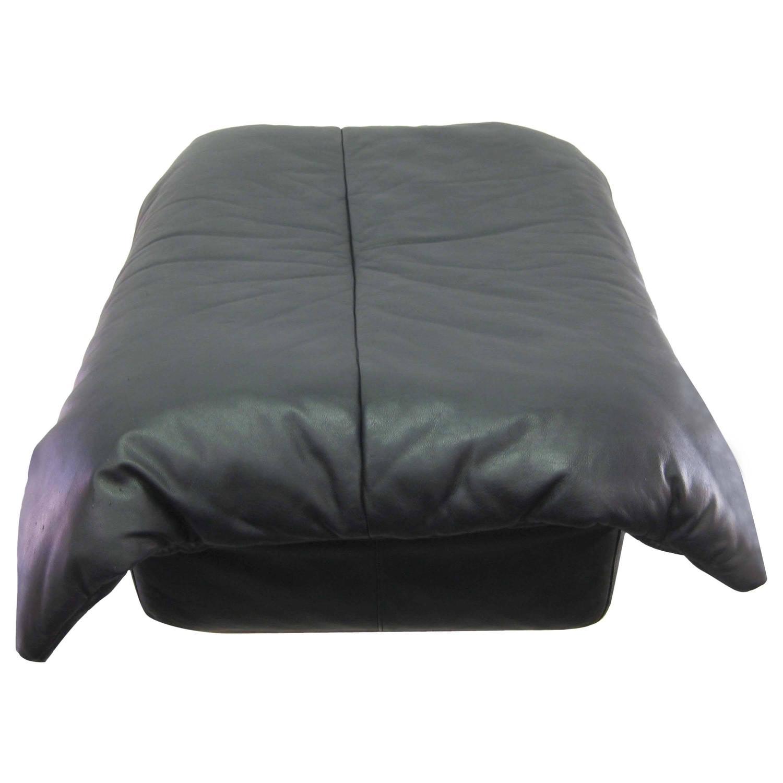 black leather ottoman by ligne roset for sale at 1stdibs. Black Bedroom Furniture Sets. Home Design Ideas