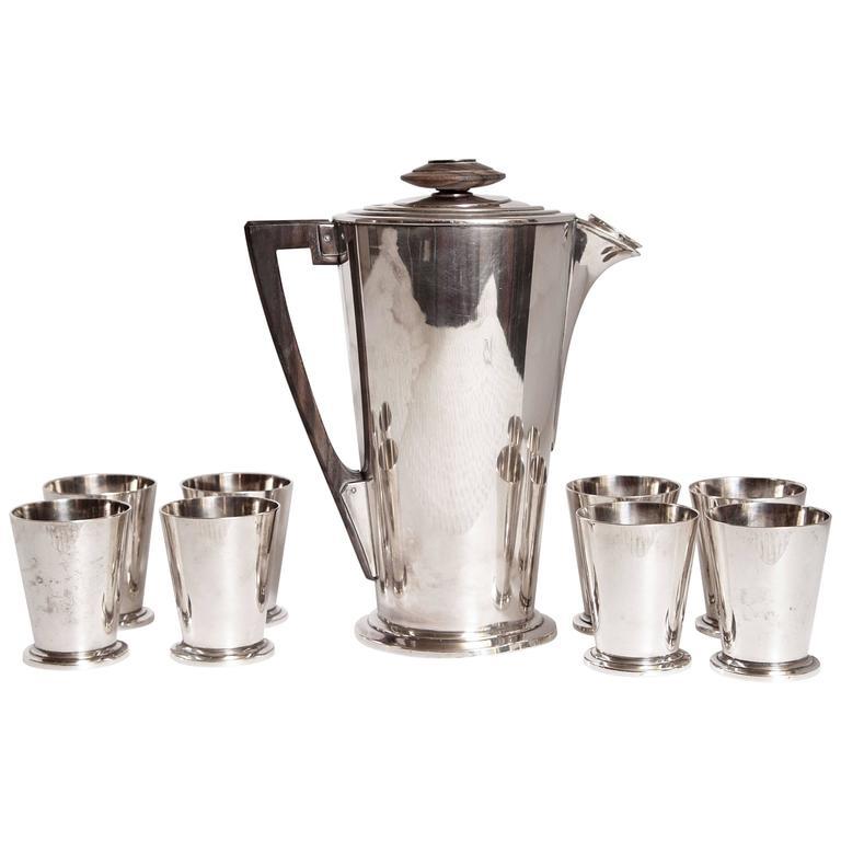Ile de France Art Deco Meriden International Silver Cocktail Set with Eight Cups